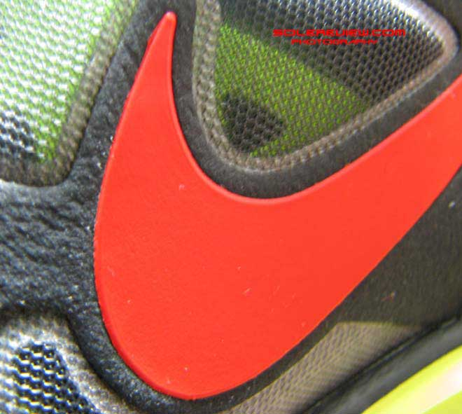 Nike Lunarglide 3 swoosh closeup
