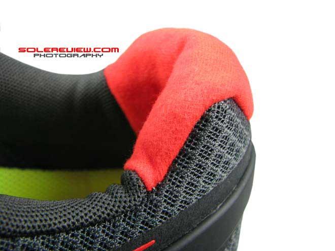 Nike Lunarglide 3 collar