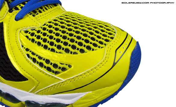 Asics_Gel_Nimbus_15_toebox