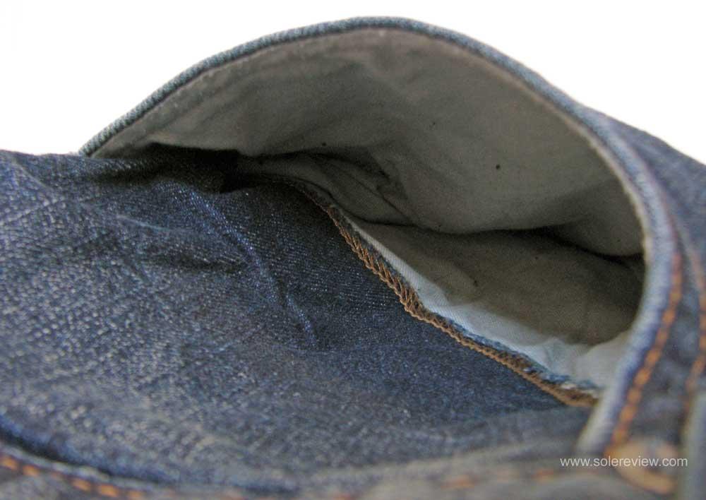 Eddie_Bauer_Flex_-Fleeced_Lined_Jeans_pocket