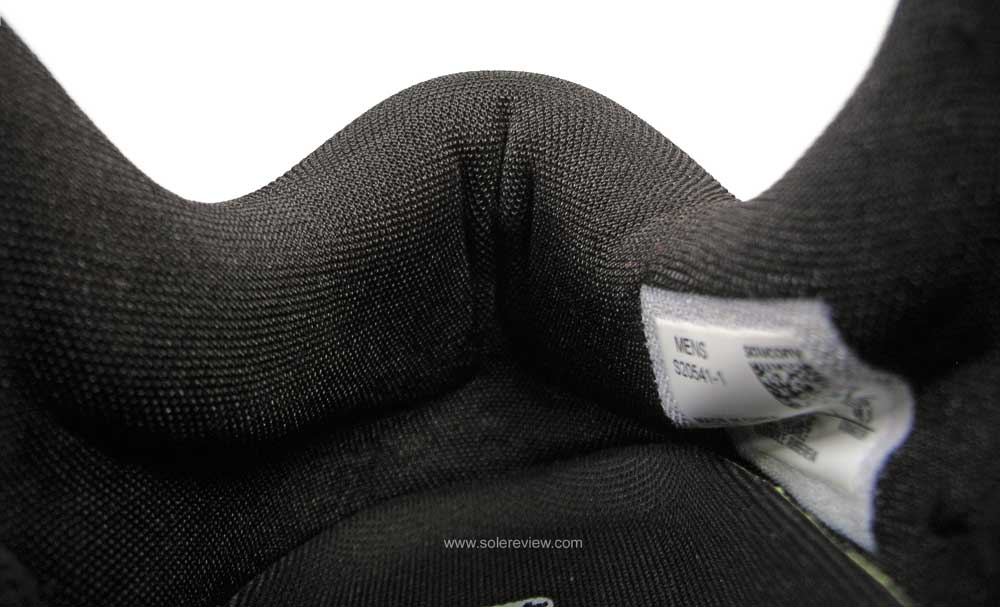 Saucony_Peregrine_ICE+_heel_collar