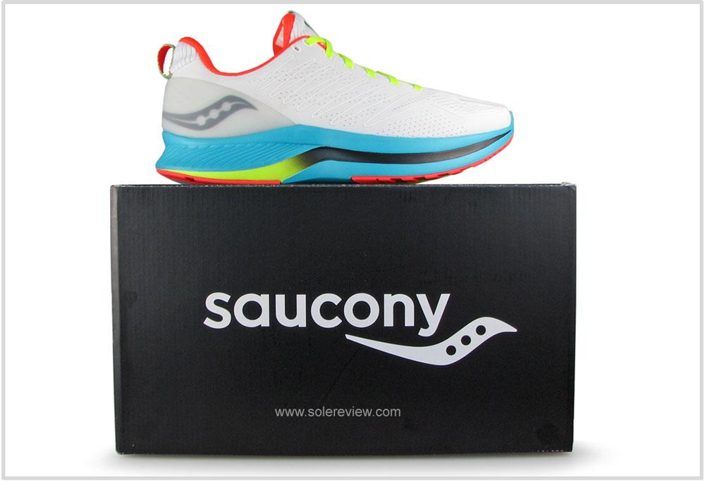 Saucony_Endorphin_Shift_box