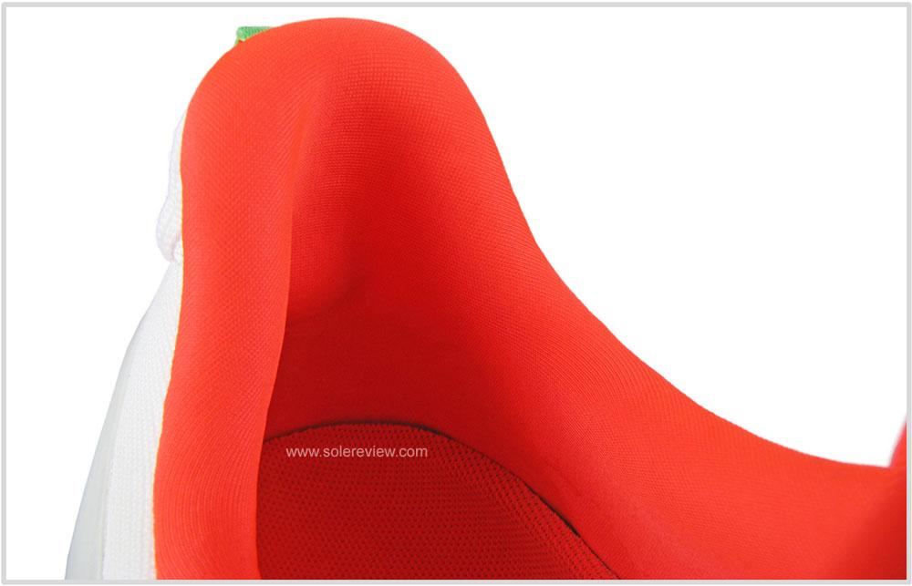 Saucony_Endorphin_Shift_heel_collar