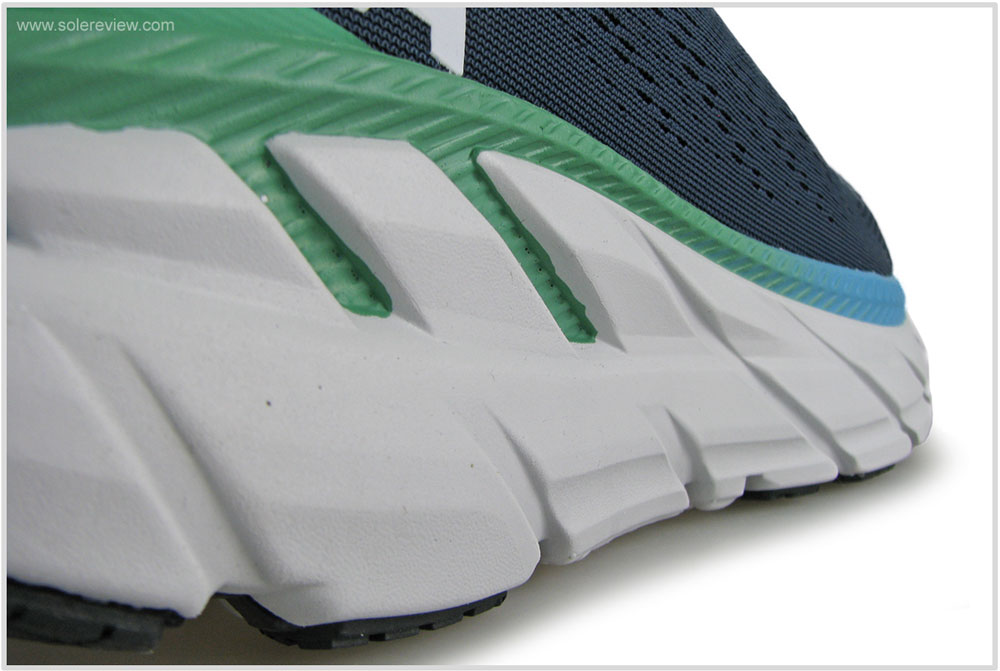 Hoka_Clifton_7_midsole_sidewall