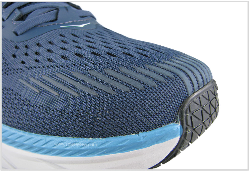 Hoka_Clifton_7_wide_toebox