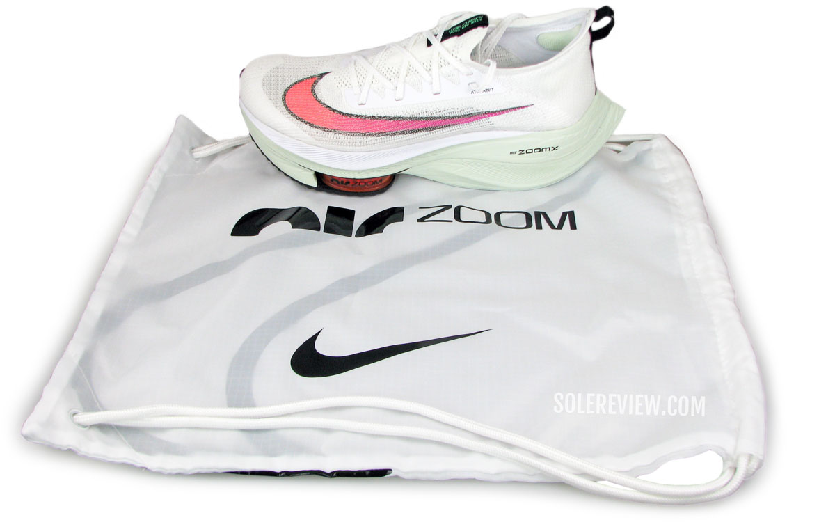 Nike_Alphafly_Next_free_bag