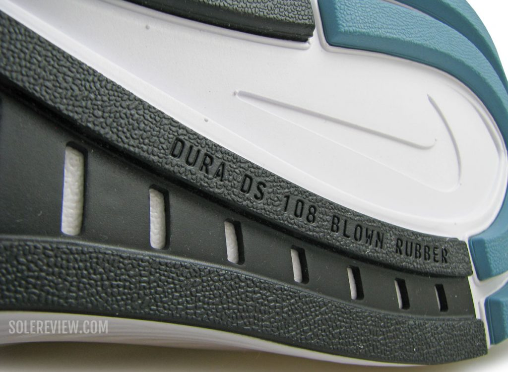Blown rubber on the Nike Zoom Structure 23.