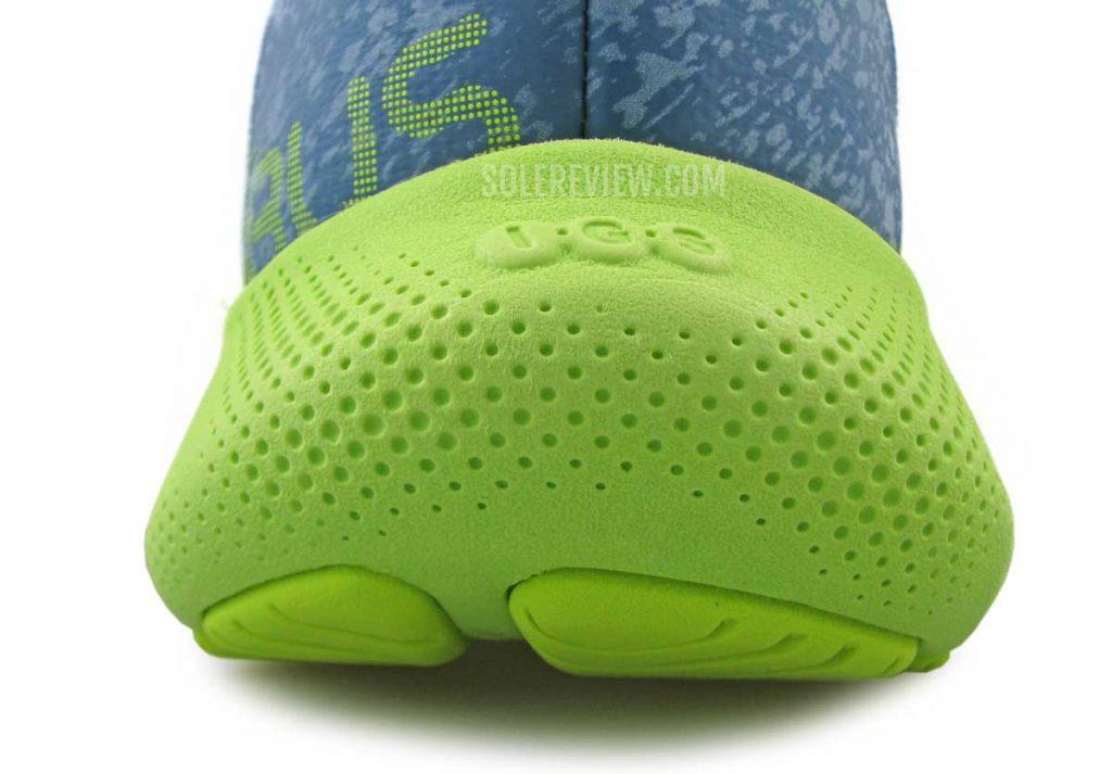 Rounded heel of Asics Nimbus Lite 2