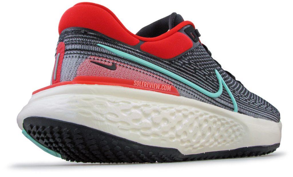 Nike ZoomX Invincible Run Flyknit heel spring