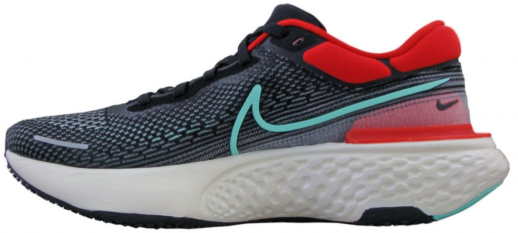 Nike ZoomX Invincible Run Flyknit side view