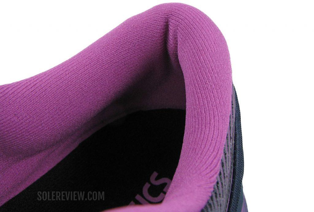 Asics Glideride 2 heel collar
