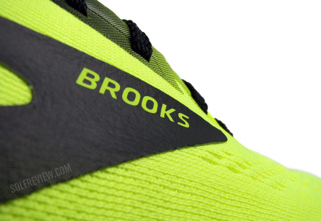 The fused logo of the Brooks Launch 8.