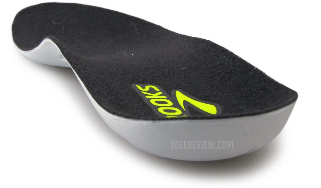 The removable insole of the Brooks Launch 8.